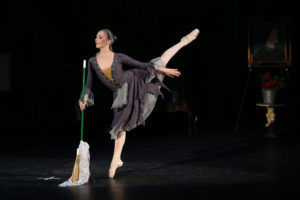 Image of Cinderella played by Bridget at Valentina's School of Dance